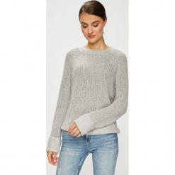 Noisy May - Sweter. Szare swetry klasyczne damskie Noisy May, l, z bawełny, z okrągłym kołnierzem. W wyprzedaży za 99,90 zł.