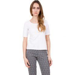 Bluzki asymetryczne: Biała bluzka z głębokim dekoltem  BIALCON