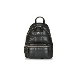 Plecaki Guess  URBAN SPORT SMALL LEEZA BACKPACK. Czarne plecaki damskie marki Guess, z aplikacjami, sportowe. Za 529,00 zł.