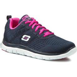 Buty SKECHERS - Obvious Choice 12058/NVPK Navy/Pink. Niebieskie buty do fitnessu damskie Skechers, z materiału. W wyprzedaży za 209,00 zł.