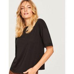Gładki t-shirt - Czarny. Czarne t-shirty damskie Reserved, l. Za 29,99 zł.