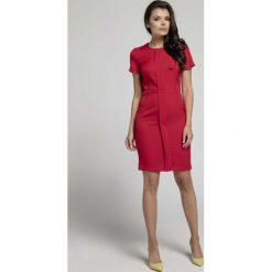 Czerwona Stylowa Dopasowana Sukienka z Pionową Plisą na Przodzie. Niebieskie sukienki balowe marki Molly.pl, na co dzień, l, z elastanu, z klasycznym kołnierzykiem, oversize. W wyprzedaży za 102,21 zł.