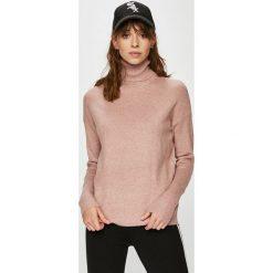 Vero Moda - Sweter. Różowe golfy damskie Vero Moda, l, z dzianiny, z krótkim rękawem. W wyprzedaży za 69,90 zł.