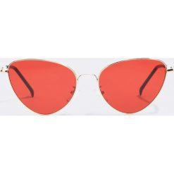 NA-KD Accessories Okulary przeciwsłoneczne Cat Eye - Red. Czerwone okulary przeciwsłoneczne damskie lenonki marki NA-KD Accessories. Za 60,95 zł.