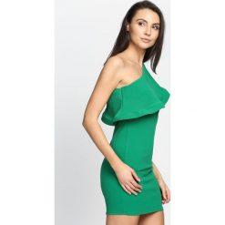 Zielona Sukienka Loves Me Like You Do. Zielone sukienki letnie marki Born2be, s, mini. Za 64,99 zł.