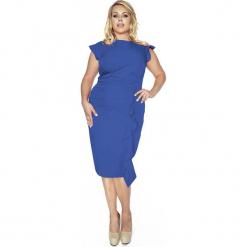 Stylowa Niebieska Sukienka z Falbanką PLUS SIZE. Niebieskie sukienki balowe marki Molly.pl, plus size, z dekoltem na plecach, plus size, dopasowane. Za 199,00 zł.