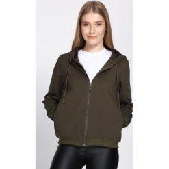 Ciemnozielona Bluza Practical Chic. Zielone bluzy rozpinane damskie Born2be, l. Za 74,99 zł.