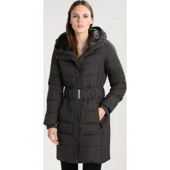 Wallis Płaszcz zimowy grey. Czerwone płaszcze damskie zimowe marki Cropp, l. W wyprzedaży za 367,20 zł.