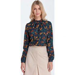 Bluzki damskie: Wizytowa Koszulowa Bluzka z Marszczeniami przy Stójce - Wzór Brąz