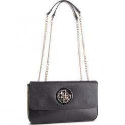 Torebka GUESS - HWVG7 186210 BLA. Czarne torebki klasyczne damskie Guess, z aplikacjami, ze skóry ekologicznej. Za 589,00 zł.
