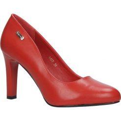 Czerwone czółenka na słupku Sergio Leone 1457. Czarne buty ślubne damskie marki Sergio Leone. Za 108,99 zł.
