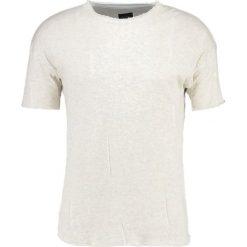 T-shirty męskie z nadrukiem: Black Kaviar SIERRA Tshirt z nadrukiem offwhite