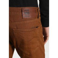 GStar 3301 SLIM COJ Jeansy Slim fit inza stretch denim od. Czerwone jeansy męskie relaxed fit marki G-Star, l, z napisami. W wyprzedaży za 375,20 zł.