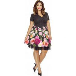 Sukienki balowe: Kopertowa Sukienka z Szerokim Dołem w Kwiaty PLUS SIZE