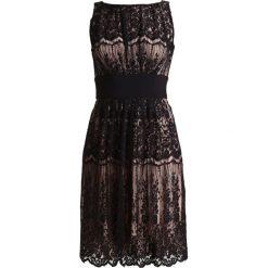 Swing Sukienka koktajlowa black/beige. Czarne sukienki koktajlowe marki Swing, z bawełny. Za 549,00 zł.