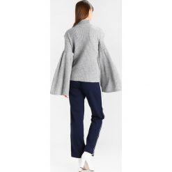 Swetry klasyczne damskie: Glamorous Sweter grey marl