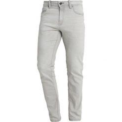 Springfield Jeansy Slim Fit dark grey. Niebieskie rurki męskie marki Tiffosi. Za 169,00 zł.