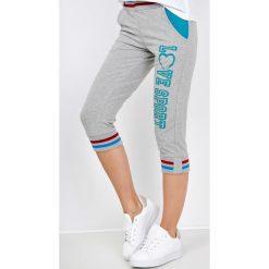 Spodnie dresowe damskie: Dresowe bermudy z nadrukiem love sport
