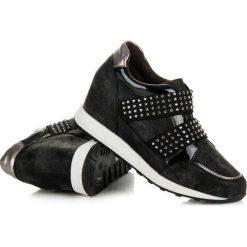 Rockowe trampki na koturnie Comely. Czarne buty ślubne damskie KYLIE, na koturnie. Za 119,00 zł.