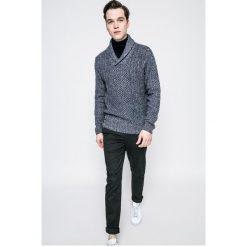 Pepe Jeans - Sweter Nick. Różowe swetry klasyczne męskie marki Pepe Jeans, z gumy, na sznurówki. W wyprzedaży za 229,90 zł.