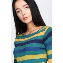 Zielona Sukienka Never See. Zielone sukienki dzianinowe marki Born2be, l, oversize. Za 39,99 zł.