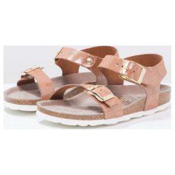 Genuins FASANO Sandały brown. Brązowe sandały chłopięce Genuins, z materiału, z otwartym noskiem. W wyprzedaży za 146,30 zł.