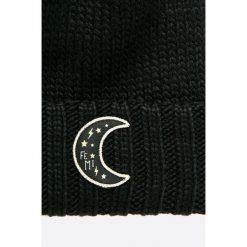 Femi Pleasure - Czapka. Niebieskie czapki zimowe damskie marki WED'ZE, z materiału. W wyprzedaży za 89,90 zł.