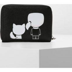 KARL LAGERFELD IKONIK SMALL ZIP WALLET Portfel black. Czarne portfele damskie marki KARL LAGERFELD. Za 399,00 zł.
