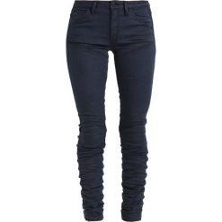 GStar 5620 STAQ 3D MID SKINNY COJ  Jeansy Slim Fit mazarine blue. Niebieskie jeansy damskie marki G-Star, z bawełny. W wyprzedaży za 389,40 zł.