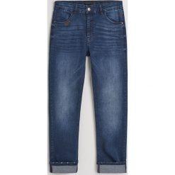 Jeansy slim fit z bawełną organiczną - Granatowy. Niebieskie jeansy męskie relaxed fit marki QUECHUA, m, z elastanu. Za 129,99 zł.