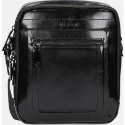 Czarna torba przez ramię. Czarne torby na ramię męskie Kazar, w paski, na ramię, małe. Za 599,00 zł.