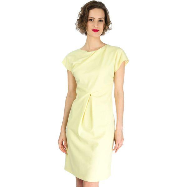 62ffbf1165 Sukienka Deni Cler w kolorze żółtym - Żółte sukienki damskie Odzież ...
