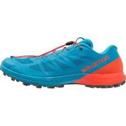 Salomon SENSE PRO 3 Obuwie do biegania Szlak fjord blue. Niebieskie buty do biegania męskie marki Salomon, z gumy. Za 589,00 zł.
