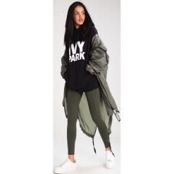 Bluzy rozpinane damskie: Ivy Park PROGRAMME OH HOODY Bluza z kapturem black /white