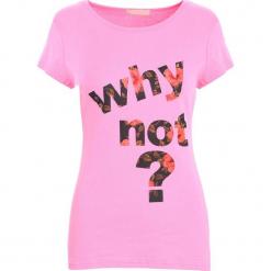 Różowy T-shirt Shadows of dreams. Czerwone t-shirty damskie Born2be, l. Za 29,99 zł.