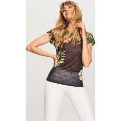 T-shirt w kwiaty - Czarny. Białe t-shirty damskie marki Sinsay, l. Za 39,99 zł.