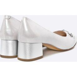 Caprice - Czółenka. Szare buty ślubne damskie marki Caprice, z materiału, na obcasie. W wyprzedaży za 239,90 zł.