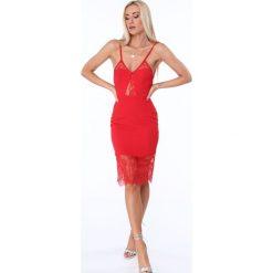 Sukienka z wycięciem na plecach czerwona ZZ289. Czerwone sukienki Fasardi, l, z dekoltem na plecach. Za 89,00 zł.