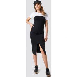 NA-KD Party Sukienka Cup Tube - Black. Niebieskie sukienki na komunię marki Reserved, z odkrytymi ramionami. Za 80,95 zł.