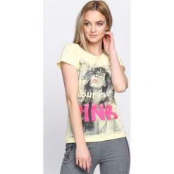 Bluzki, topy, tuniki: Żółty T-shirt Favourite