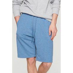 Dresowe szorty - Niebieski. Niebieskie spodenki i szorty męskie marki Reserved, z dresówki. W wyprzedaży za 39,99 zł.