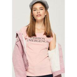 T-shirt z napisem - Różowy. Szare t-shirty damskie marki Reserved, l. Za 9,99 zł.