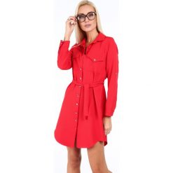 Sukienka koszulowa czerwona 5065. Czerwone sukienki marki Fasardi, l, z koszulowym kołnierzykiem, koszulowe. Za 99,00 zł.