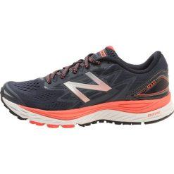 Buty sportowe damskie: New Balance NBX CUSHION SOLVI Obuwie do biegania treningowe light grey