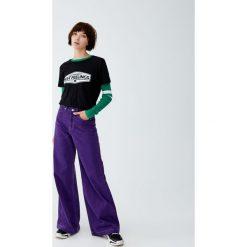 Koszulka z panelem z napisem. Szare t-shirty damskie Pull&Bear, z napisami. Za 24,90 zł.