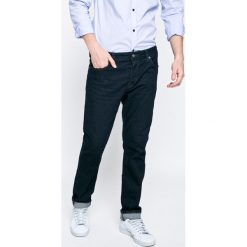 Bench - Jeansy. Niebieskie jeansy męskie slim marki Bench. W wyprzedaży za 179,90 zł.