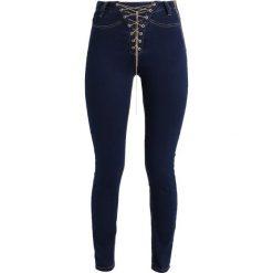 Missguided VICE HIGH WAIST CHAIN LACE UP SKINNY Jeans Skinny Fit blue. Niebieskie rurki damskie Missguided, z podwyższonym stanem. Za 169,00 zł.