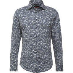 Seidensticker SLIM NEW KENT LIBERTY Koszula biznesowa dark blue/white. Niebieskie koszule męskie slim Seidensticker, m, z bawełny, z klasycznym kołnierzykiem. Za 429,00 zł.