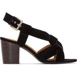 Rzymianki damskie: Skórzane sandały ze skrzyżowanymi paskami