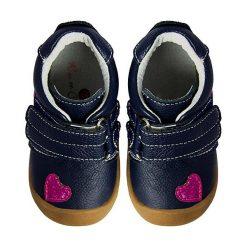 """Buciki niemowlęce chłopięce: Skórzane buty """"Hearts"""" w kolorze granatowym do nauki chodzenia"""